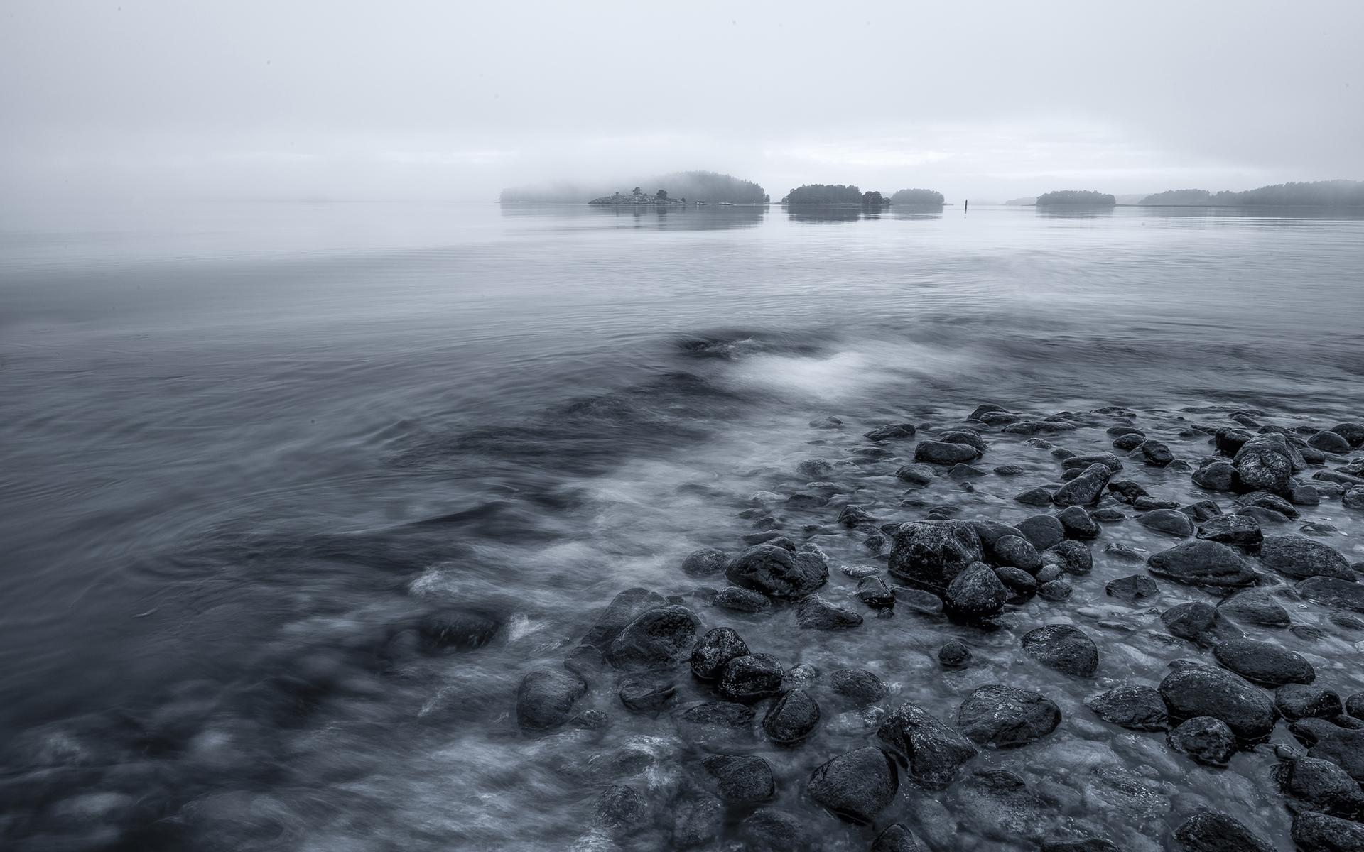 BW Rocks Stones Shore fog wallpaper | 1920x1200 | 133026 | WallpaperUP