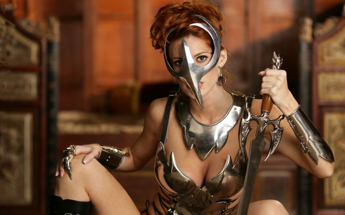 Woman Girl Beautyful Cosplay Model In_the_service_of_the_Queen Roxetta Armor Sword Redhead Mask wallpaper