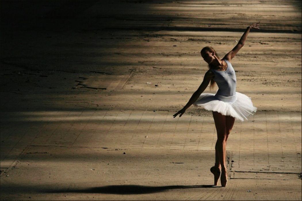 Ballet Dancer Wallpaper Free Wide Hd Wallpaper: Girl Beautiful Cheer Ballet Ballet Dancer Mood Wallpaper