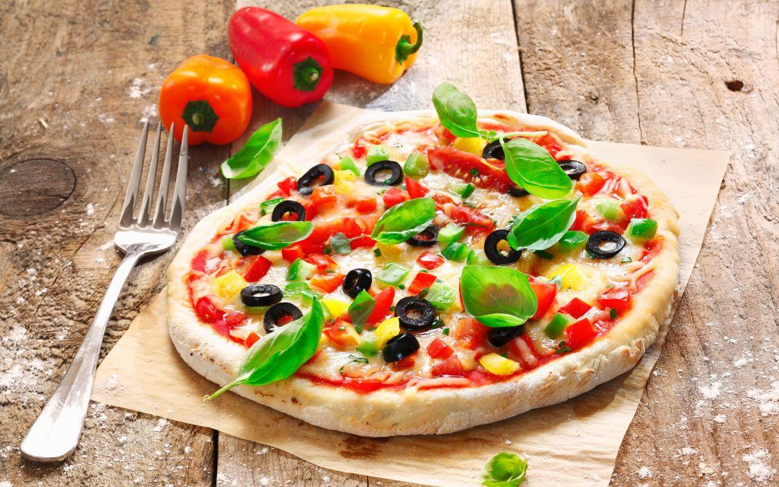 pizza olives dough tomato fork wallpaper
