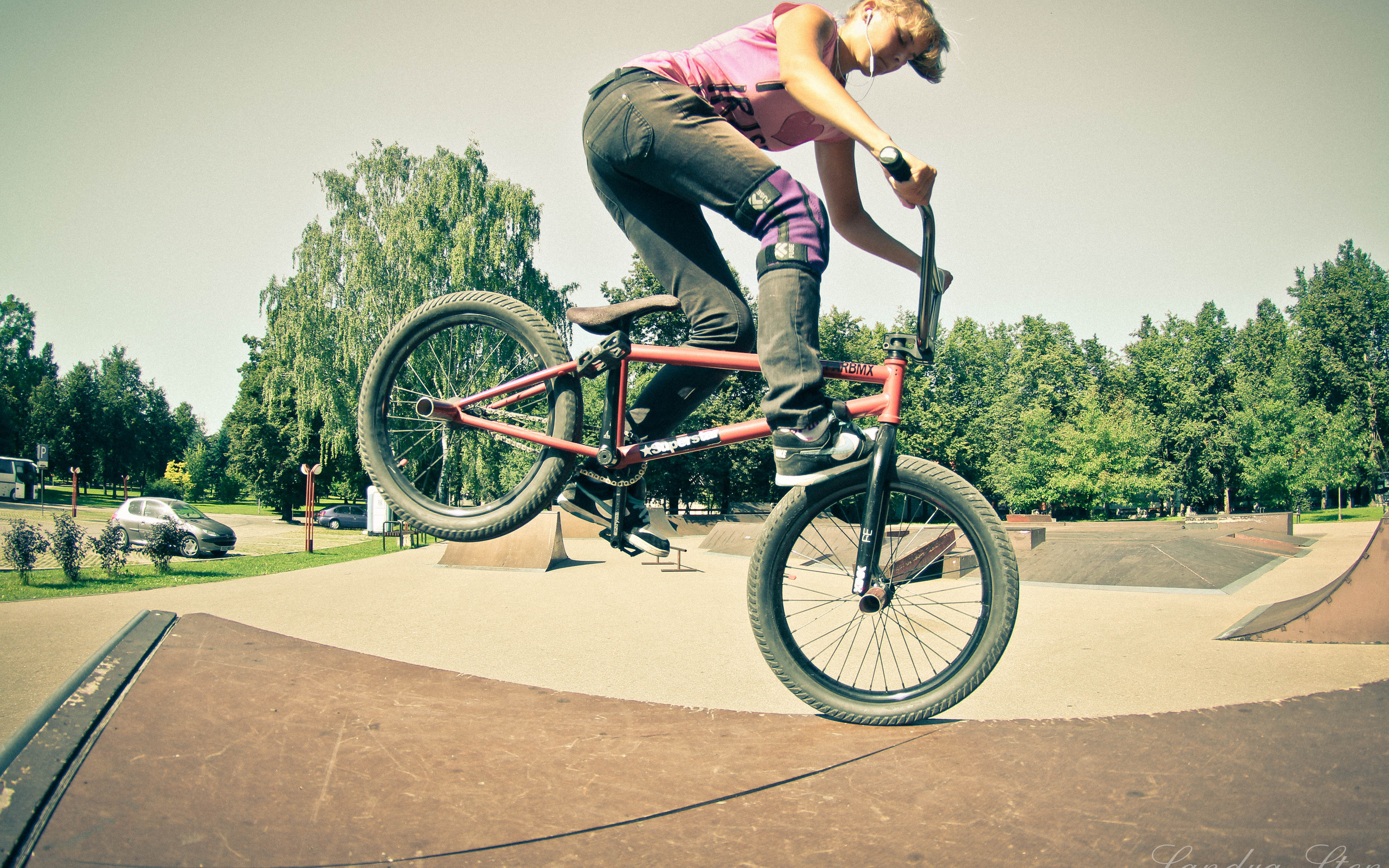 bmx and girl wallpaper - photo #23
