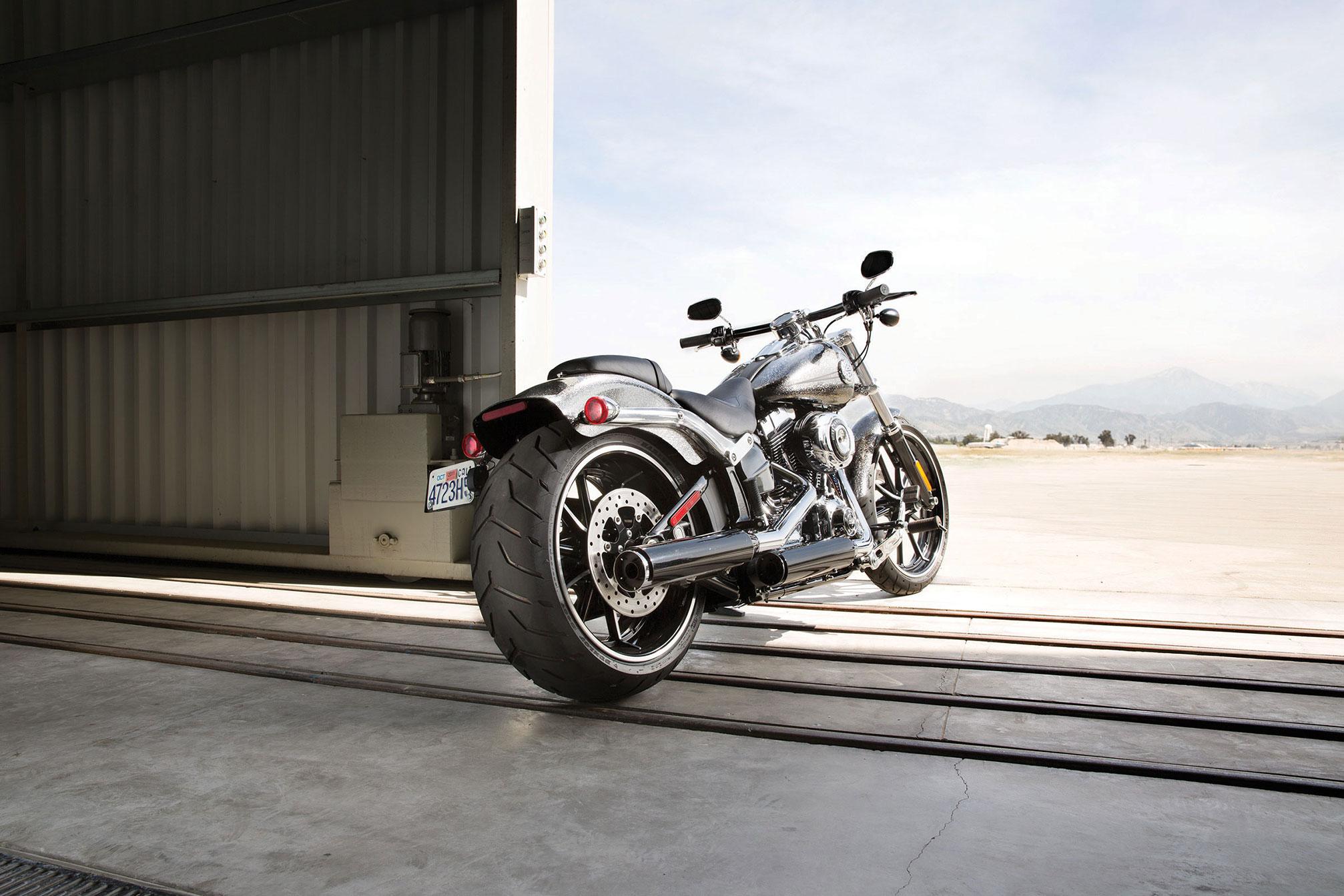 2014 Harley Davidson FXSB Breakout H Wallpaper