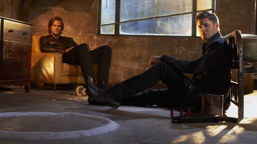 Supernatural Men Jared Padalecki Jensen Ackles Sitting Movies Celebrities wallpaper