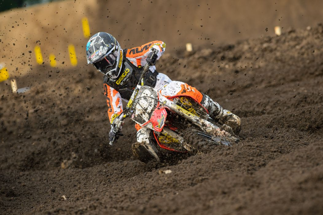 dirtbike moto motocross race racing motorbike honda   r wallpaper