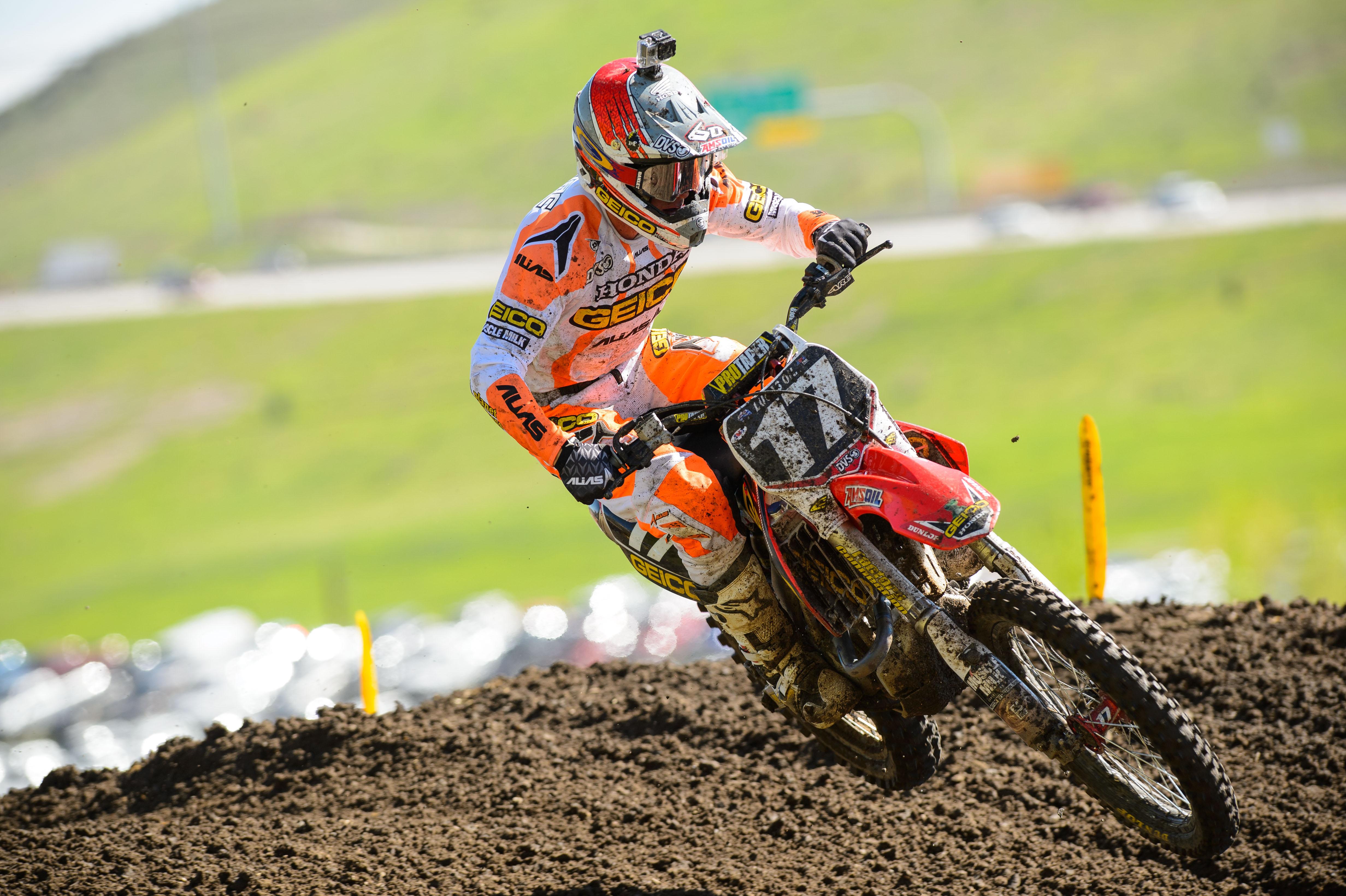 honda dirtbike moto motocross race racing wallpaper | 4928x3280