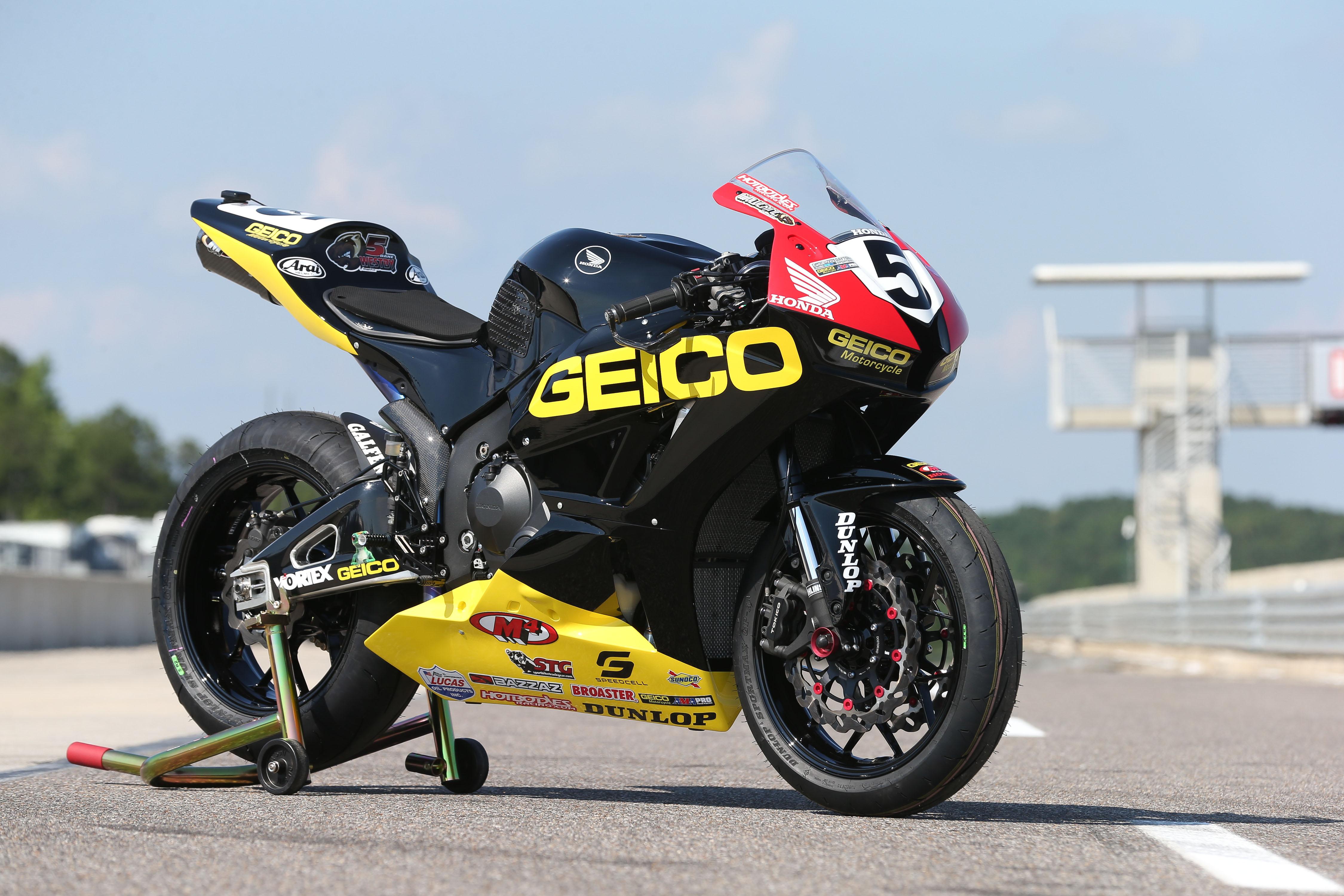 Honda SportBike Superbike Race Racing G Wallpaper