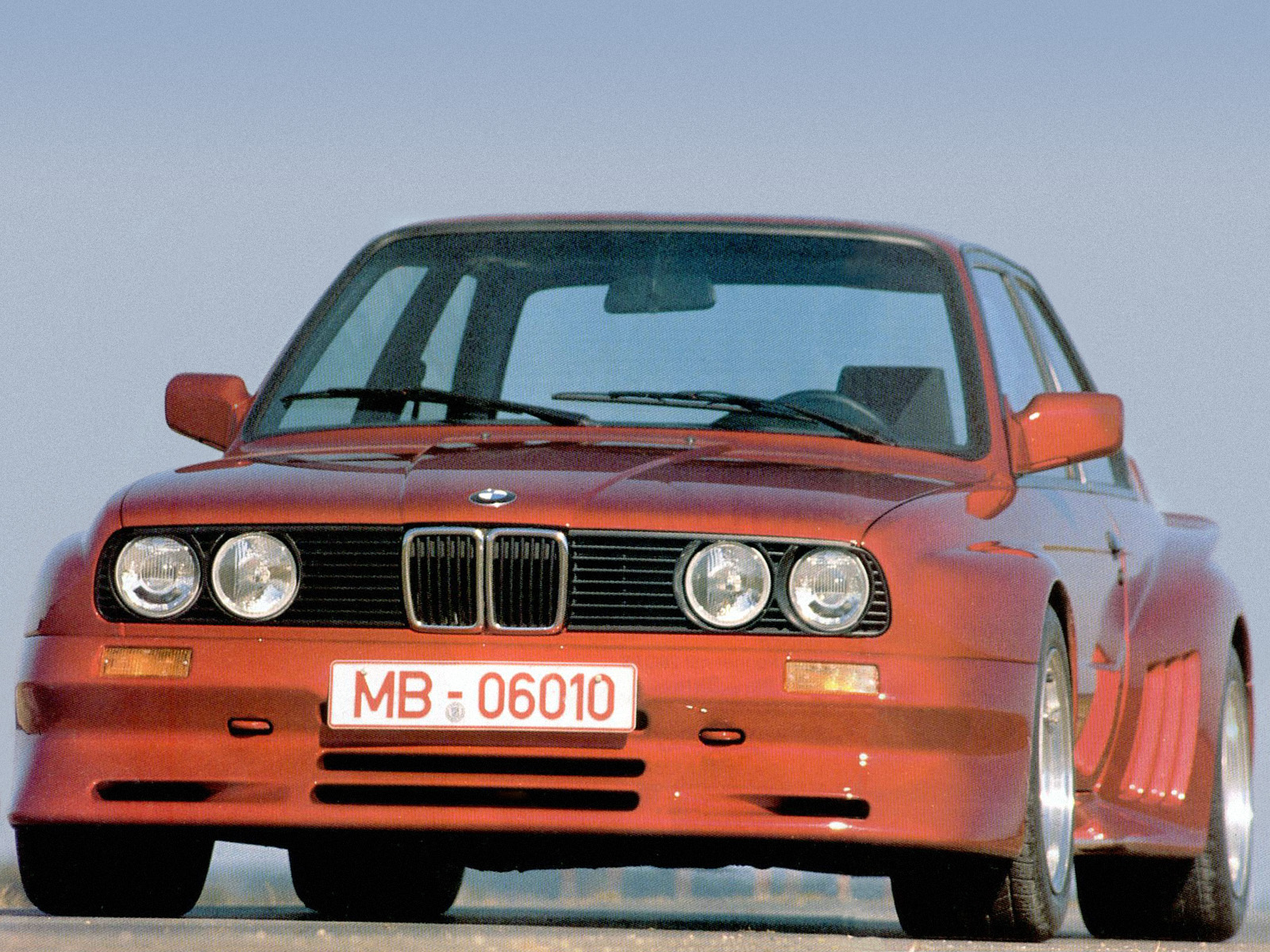 Frick Sport Bmw 325i Coupe E30 Tuning Wallpaper