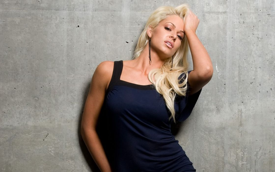 Woman Girl Beauty Blonde Concrete Wall Maryse Ouellet wallpaper