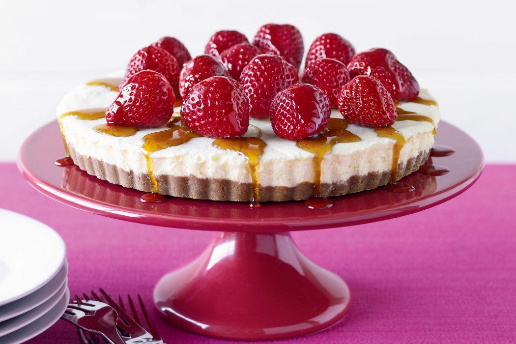 cake dessert strawberry cake wallpaper