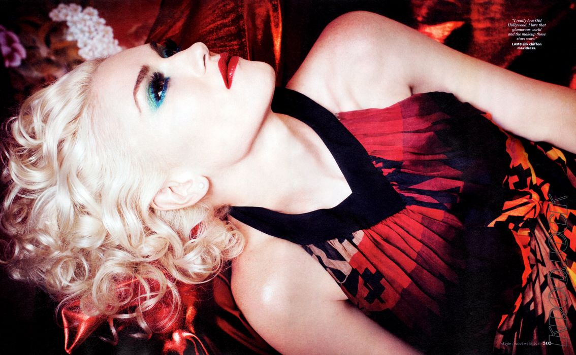 Gwen Stefani No Doubt singer musician sexy babe blonde    he wallpaper