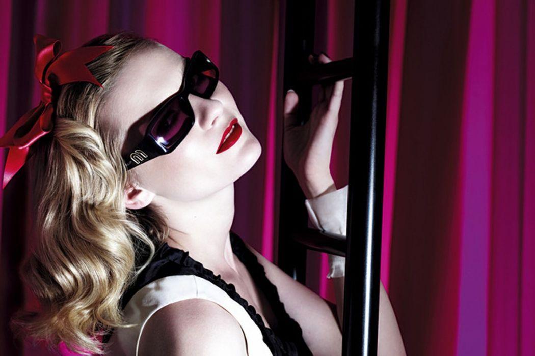 Kirsten Dunst actress blonde   h wallpaper