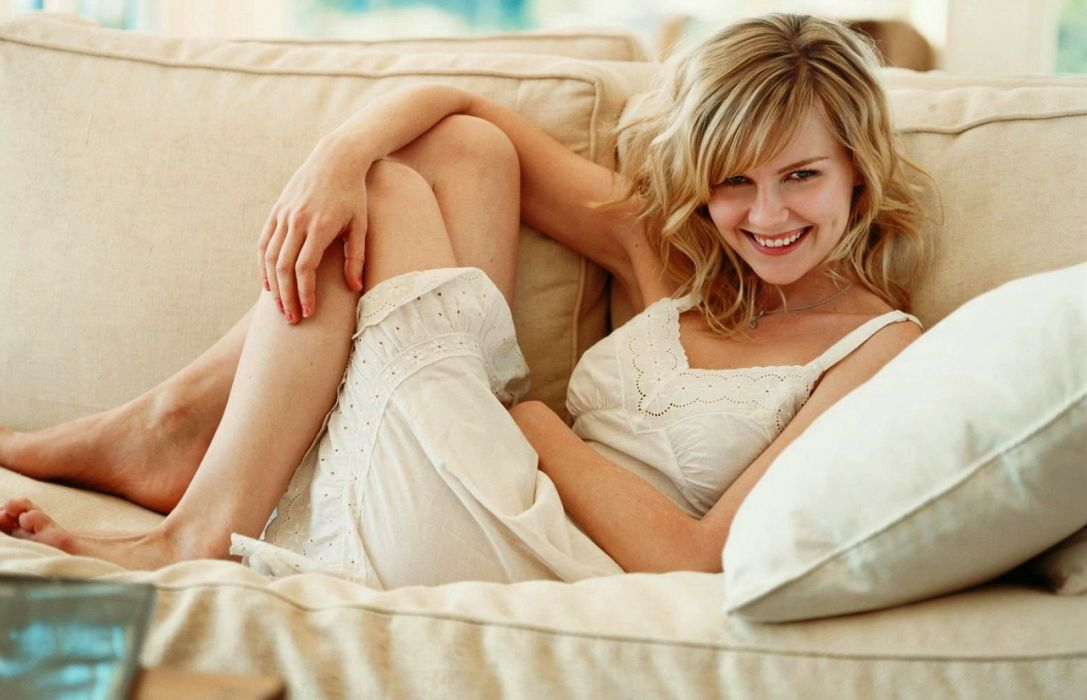 Kirsten Dunst actress blonde g wallpaper