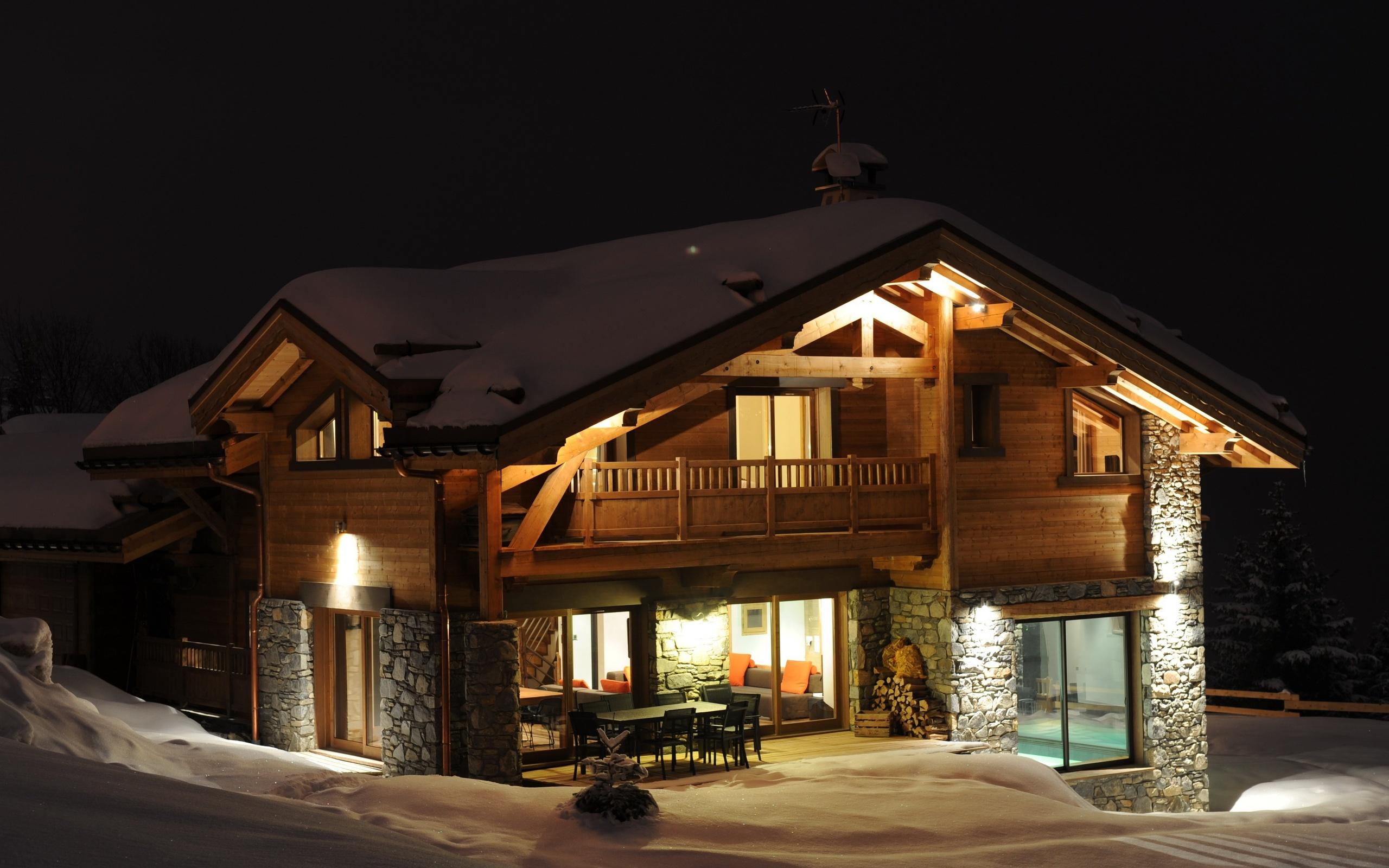 Night snow doa lighting home winter comfort wallpaper for Comfort house
