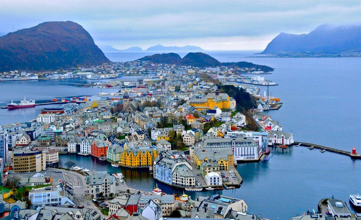 Alesund Norway fjord harbor mountains buildings panorama wallpaper