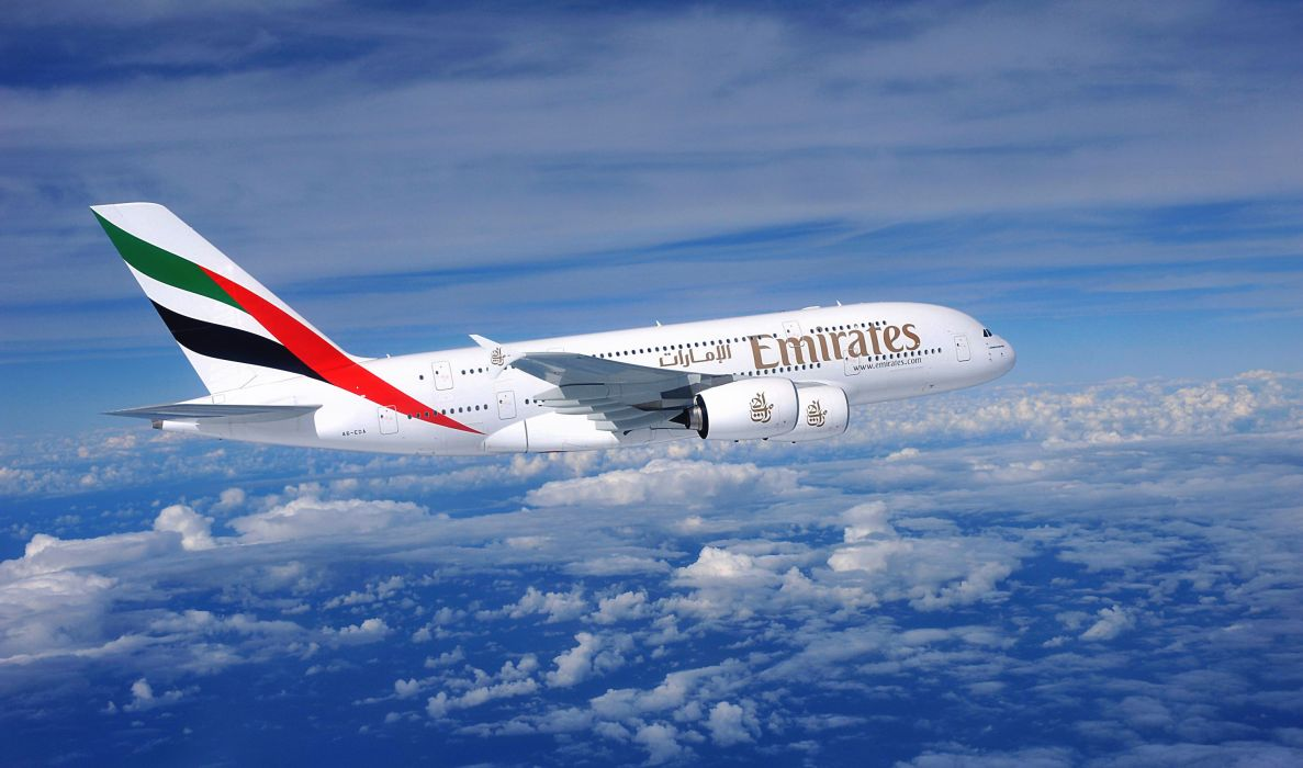 emirates airline plane airbus airliner a380 wallpaper