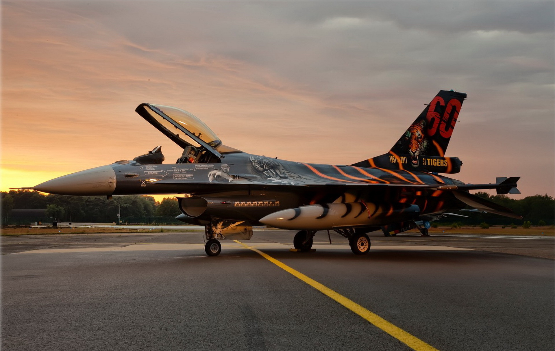 Fighter F-16 Fighting Falcon Sunset Jet Military Wallpaper
