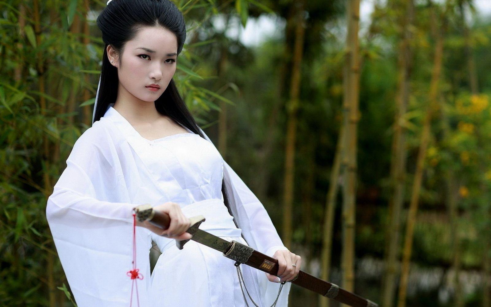 asian-fighting-girls-gifs