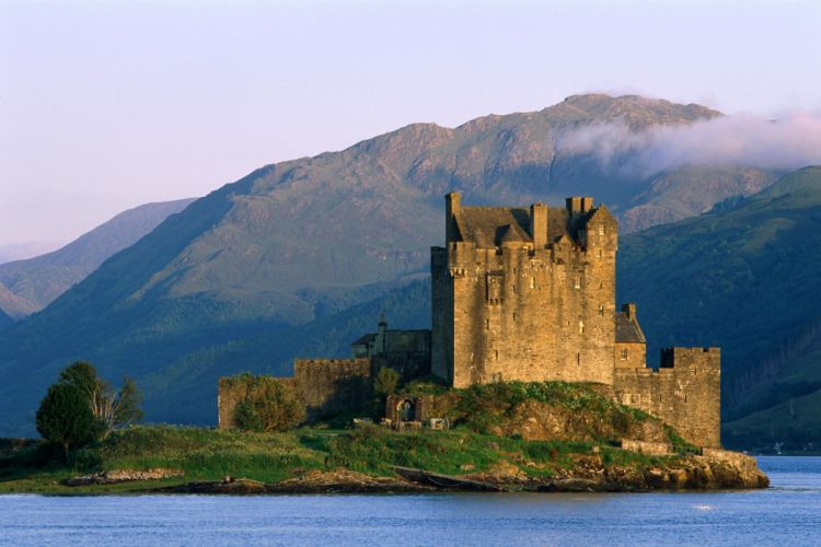 water castle mountains scotland beautiful nature wallpaper