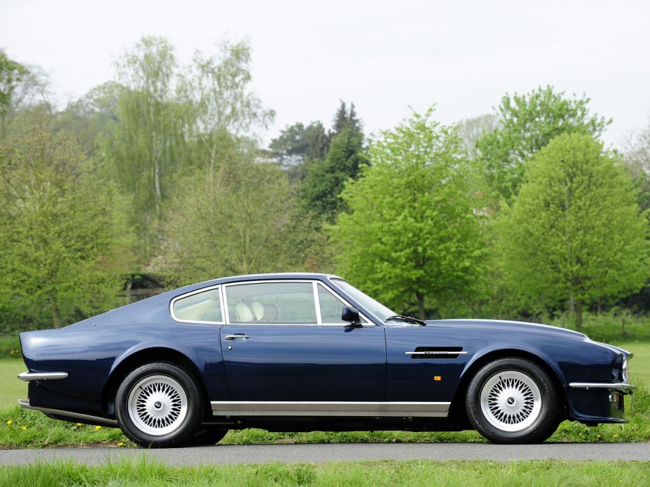 1977 Aston Martin V8 Vantage UK-spec muscle supercar v-8    kf wallpaper