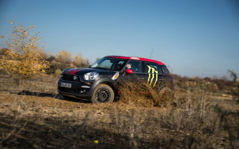 2013 Mini Countryman X-raid Service Vehicle race racing d wallpaper