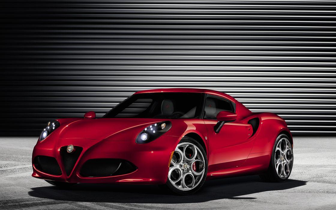 2014 Alfa Romeo Giulietta supercar     g wallpaper