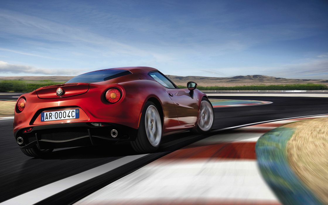 2014 Alfa Romeo Giulietta supercar  f wallpaper