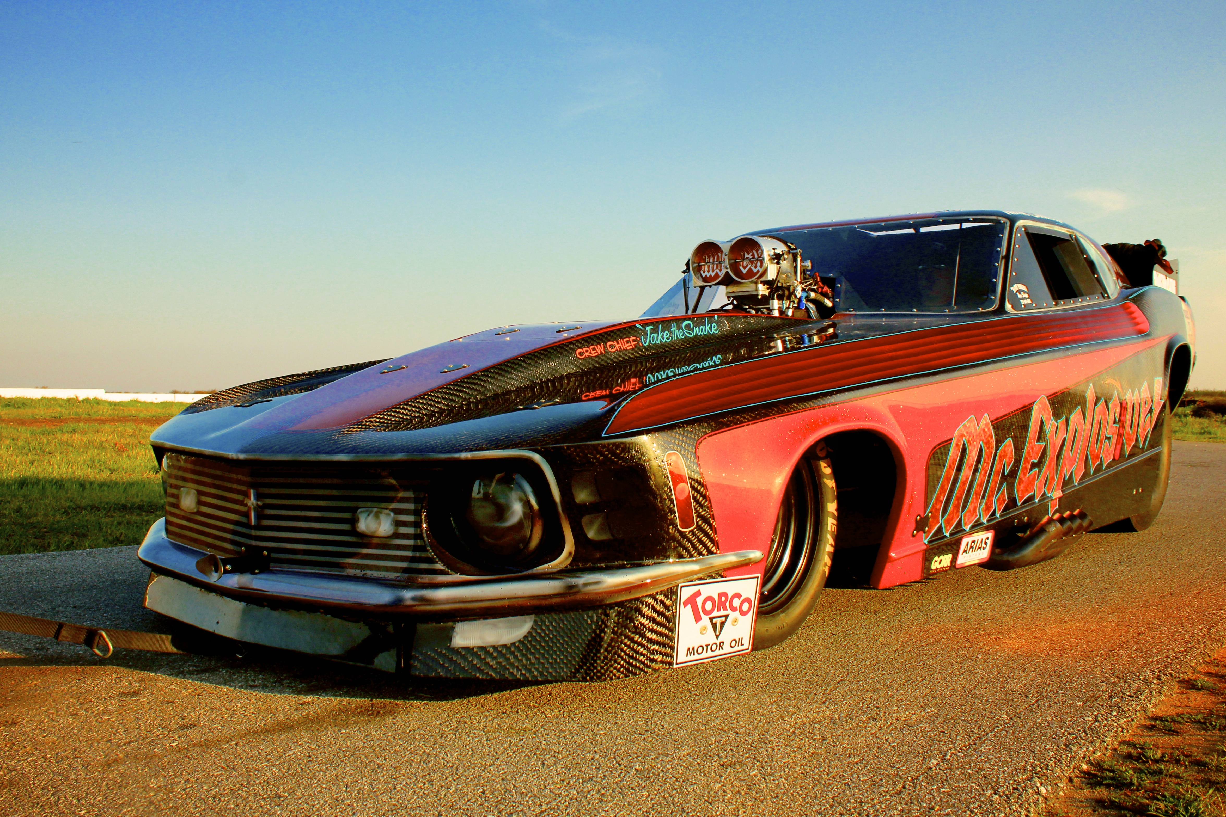 Funnycar funny nhra drag racing race hot rod rods ford for Wallpaper drag race motor
