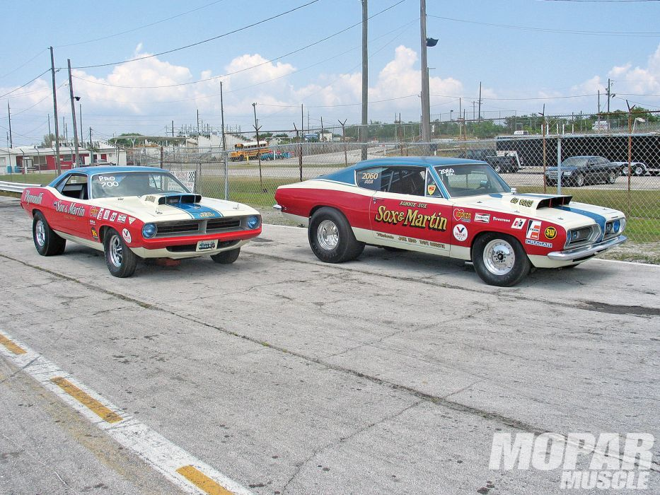 Sox And Martin Plymouth Cuda drag racing race muscle hot rod rods        g wallpaper