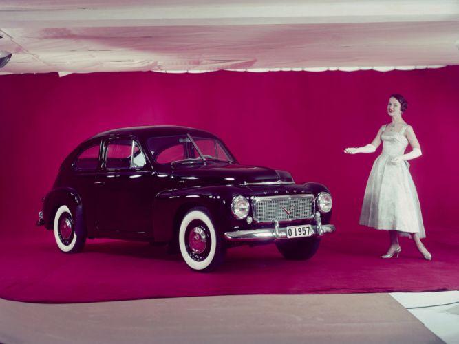 1957 Volvo PV444 L retro wallpaper