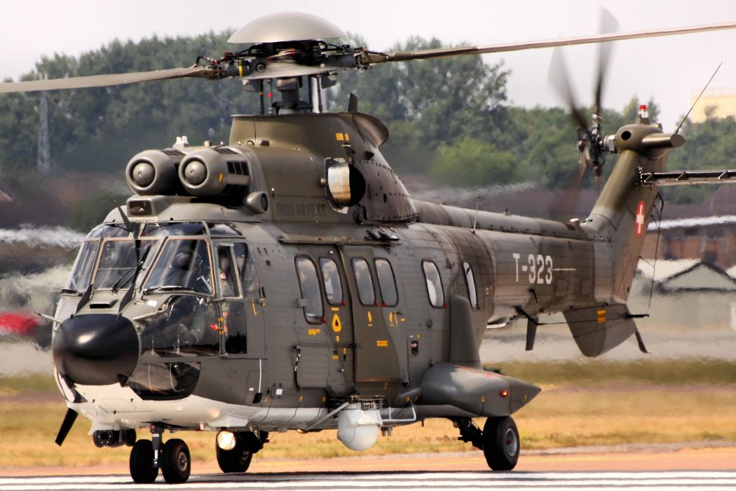 helicopter military AS-332M1 Super Puma       h wallpaper