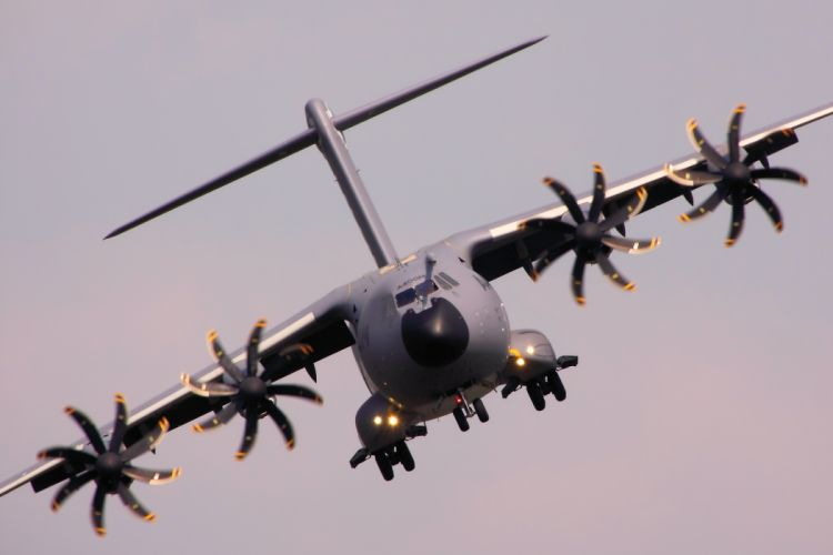 transport military cargo A400M f wallpaper