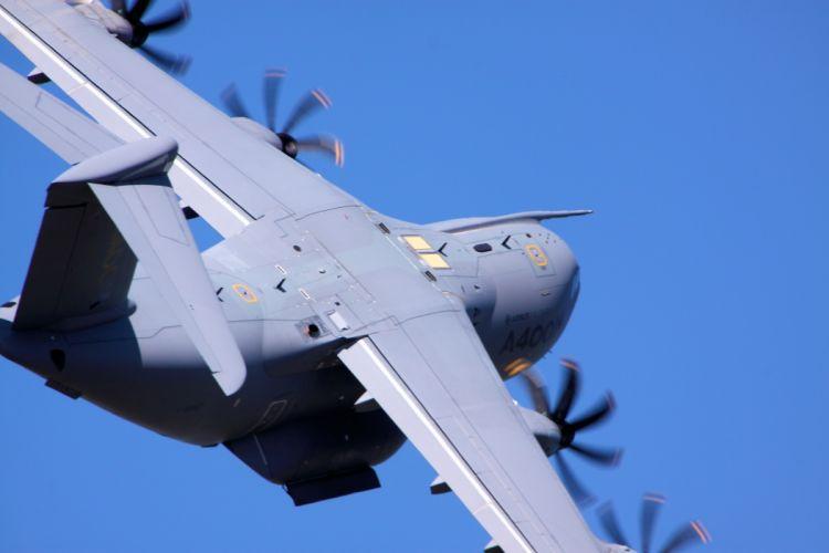 transport military cargo A400M b wallpaper