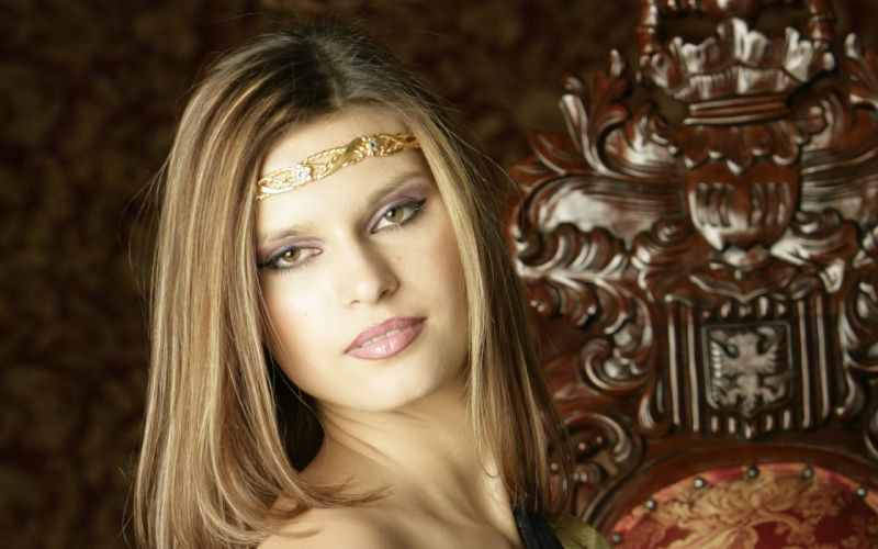 Woman Girl Blonde Bare Maidens Diora wallpaper