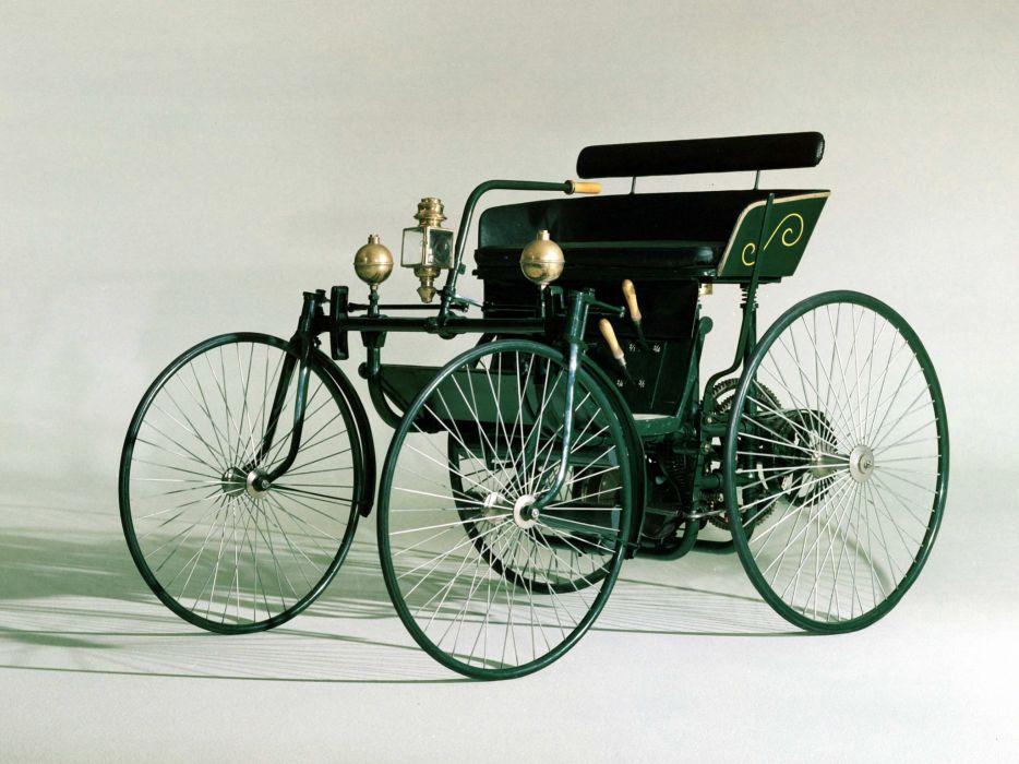 1889 Daimler Wire-Wheel Car retro wheel wallpaper