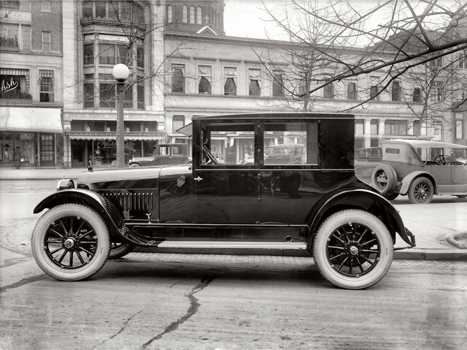 1922 Hudson Super Six Coach retro wallpaper