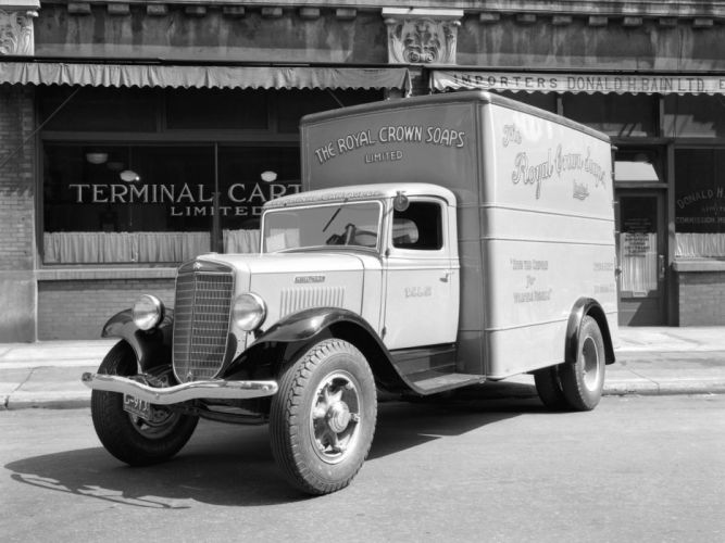 1934 International C-30 Delivery Truck retro wallpaper