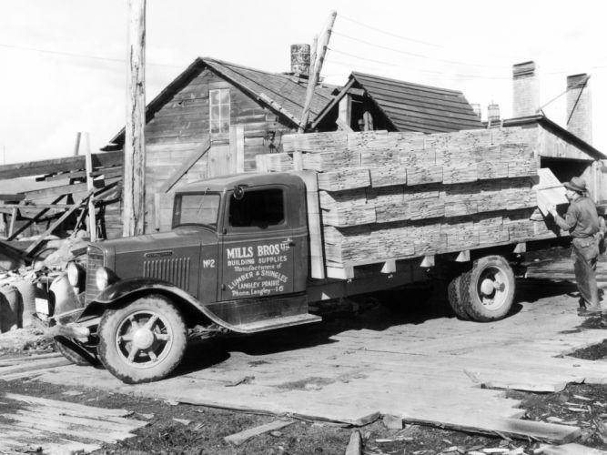1934 International C-30 Flatbed retro wallpaper