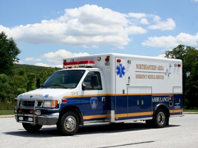 2003 Ford E-450 Ambulance emergency g wallpaper