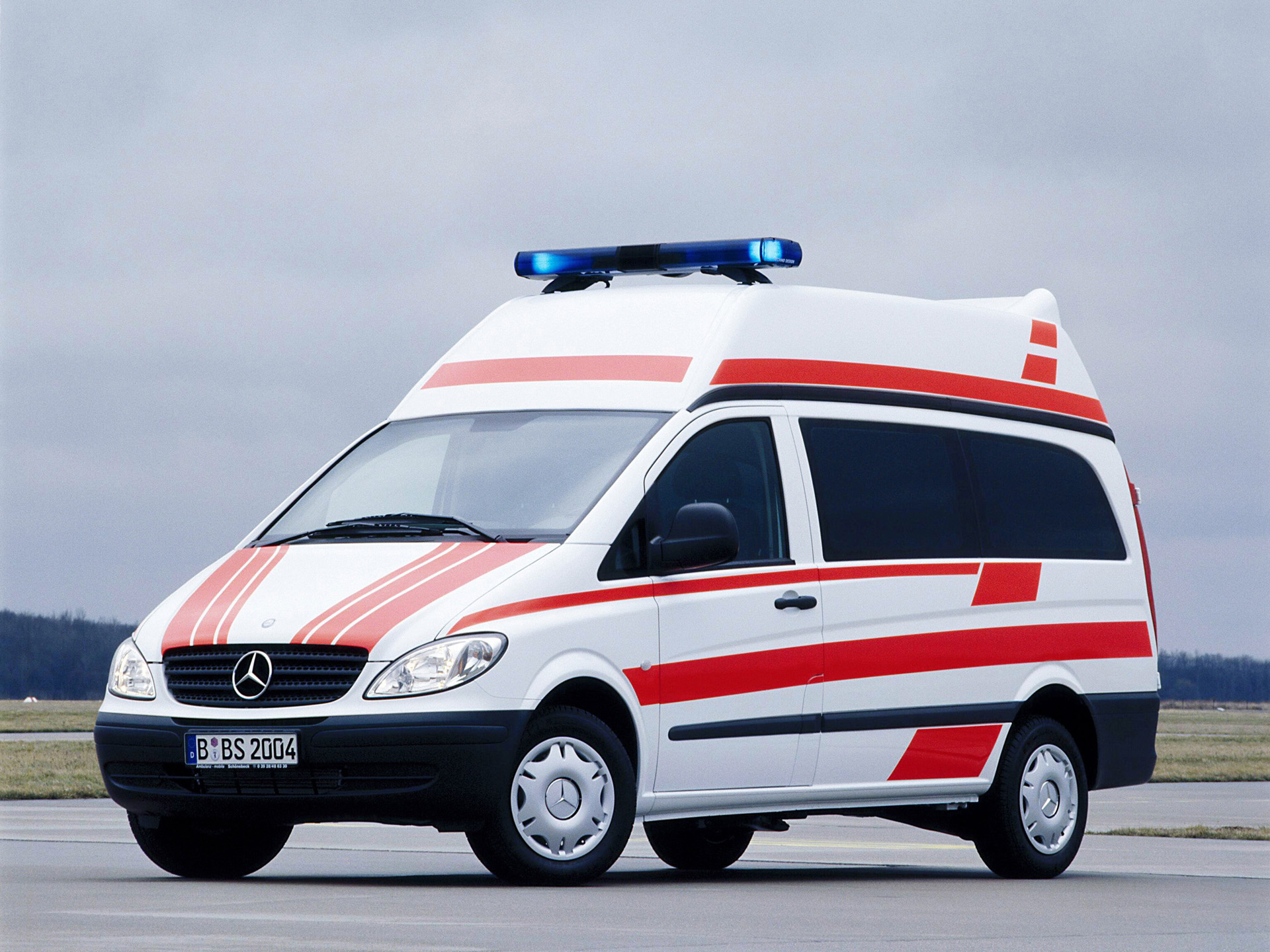 2004 mercedes benz vito ambulance w639 emergency wallpaper for Mercedes benz emergency