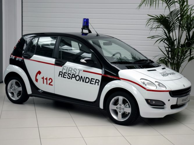 2004 Smart ForFour First Responder emergency police ambulance wallpaper