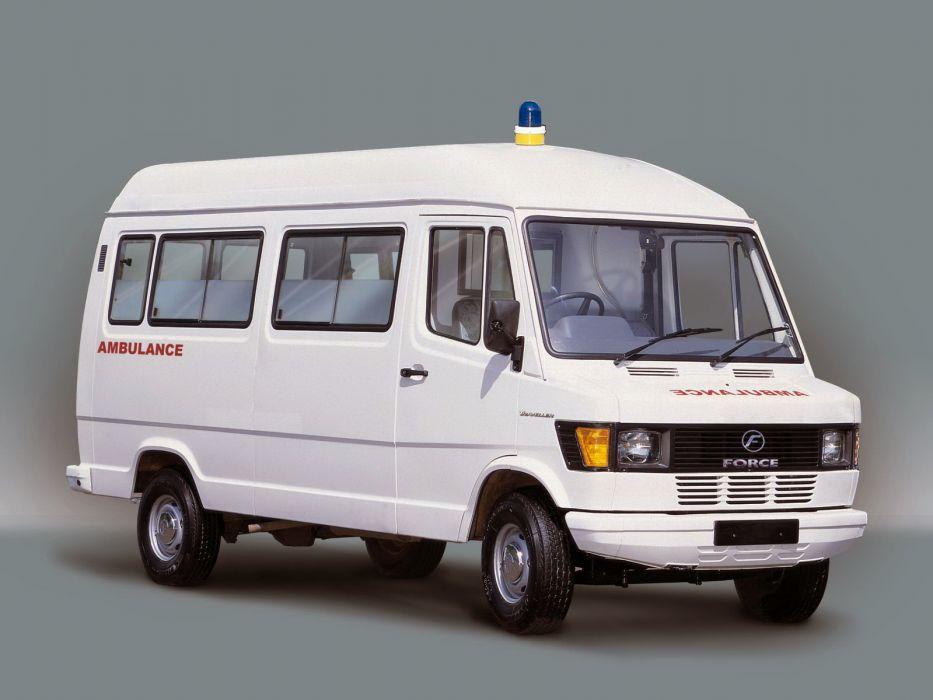 2005 Force Traveller Ambulance emergency wallpaper
