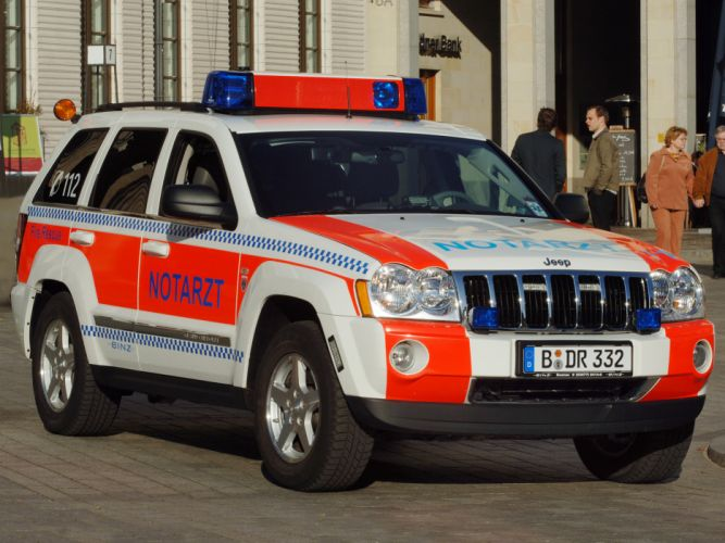 2005 Jeep Grand Cherokee Notarzt WK emergency ambulance firetruck wallpaper