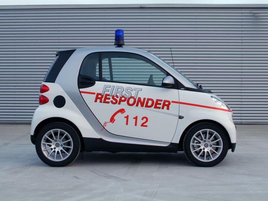 2007 Smart ForTwo First Responder emergency ambulance   f wallpaper