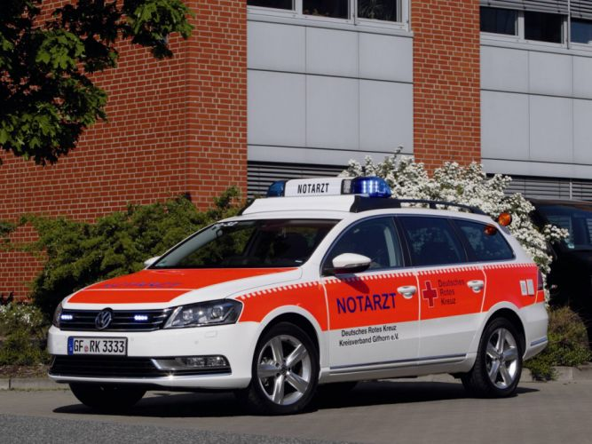 2011 Volkswagen Passat Variant Notarzt B7 ambulance emergency stationwagon wallpaper