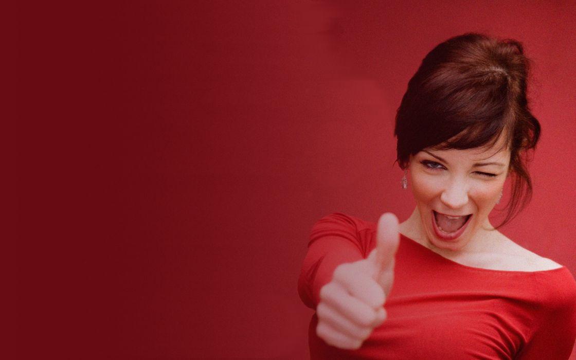 Woman Girl Beauty Redhead Thumbs Up wallpaper