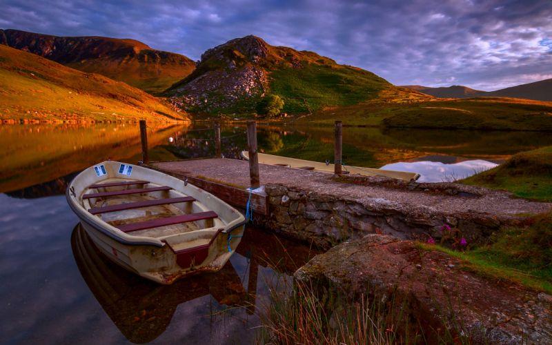 Great Britain lake marina boats landscape wallpaper