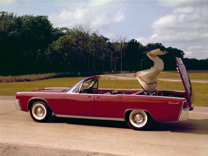 1961 Lincoln Continental Convertible 74D wallpaper