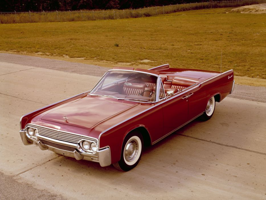 1961 Lincoln Continental Convertible 74D wallpaper