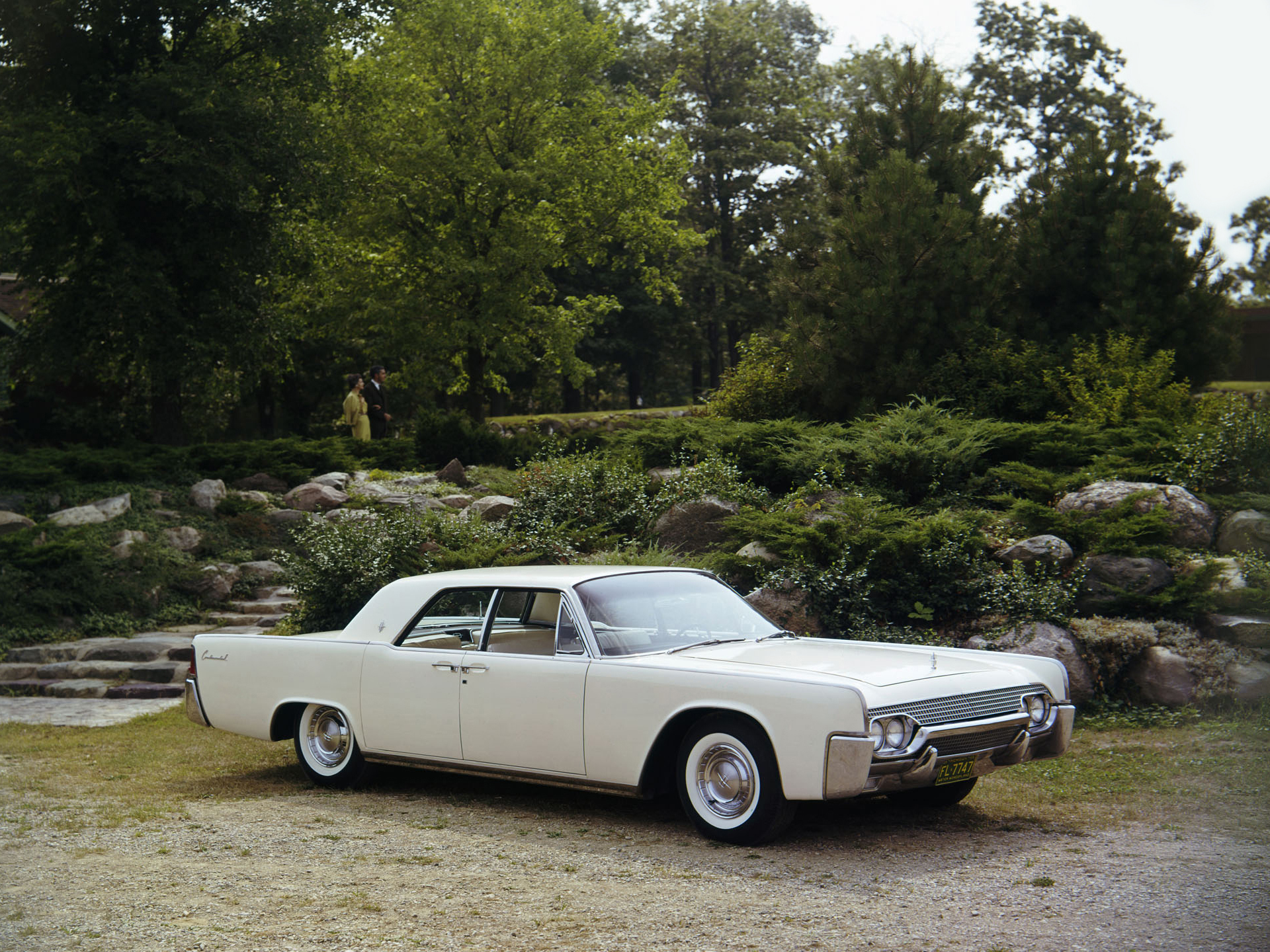 1961 lincoln continental sedan 53d wallpaper 1920x1440 153918 wallpaperup. Black Bedroom Furniture Sets. Home Design Ideas