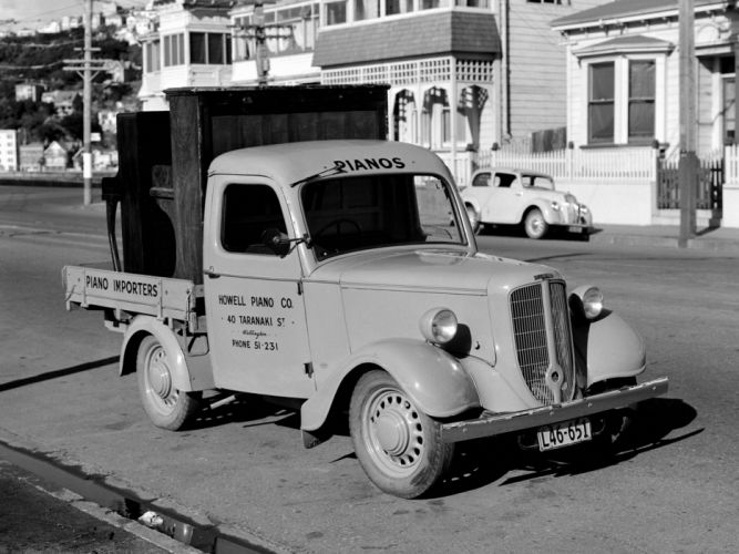 1946 Jowett Bradford Pickup retro wallpaper